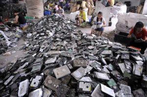 貴嶼電子垃圾處理現場
